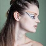 Photographer: Danielle Raab Model: Josephine Weidauer